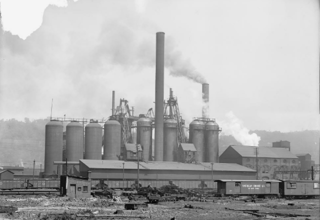 A Pittsburgh steel factory in the early 20th century