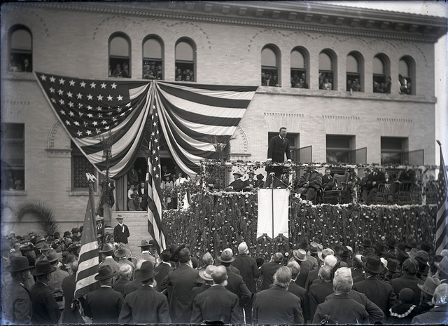 Theodore Roosevelt gives speech at Pomona College